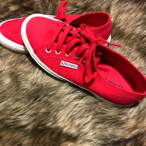 Women's Red 2750 Cotu Classic Sneakers